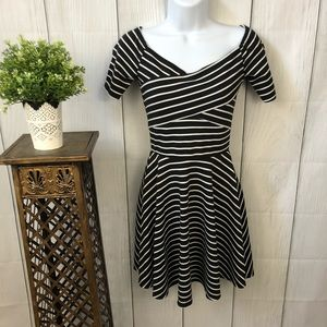Maitai black & white striped short-sleeved dress